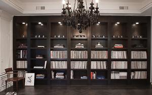 Aubrey Rd, Beverly Hills – Library